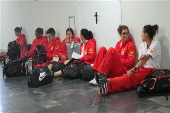 seleccion española viajando a Minsk