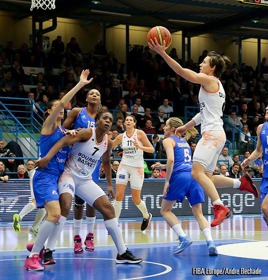 Tango Bourges Basket contra Perfumerías Avenida.