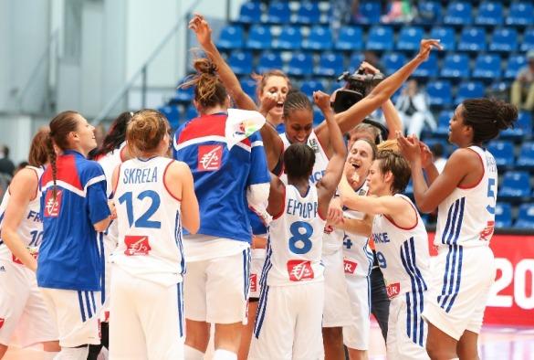 Francia celebrando el pase a semifinales. Eurobasket Hungría y Rumanía