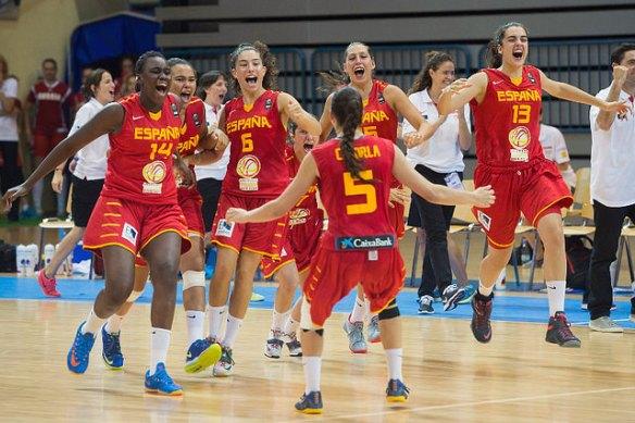 España celebrando el pase a la final del Europeo de Eslovenia.