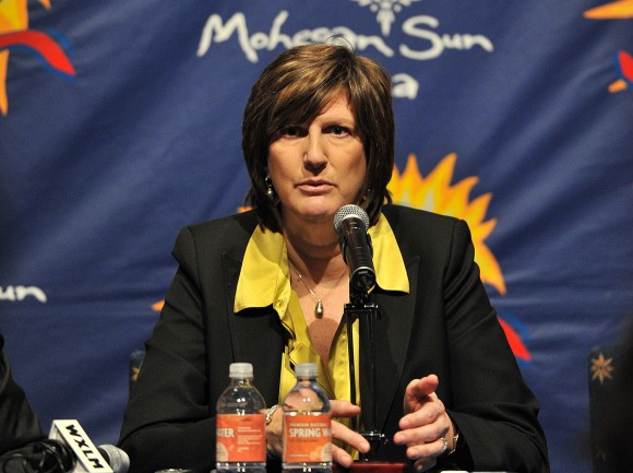 Anne Donovan primera mujer en llegar a las 200 victorias como entrenadora en la WNBA