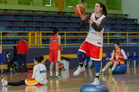 Anna Cruz en un entrenamiento con la selección española