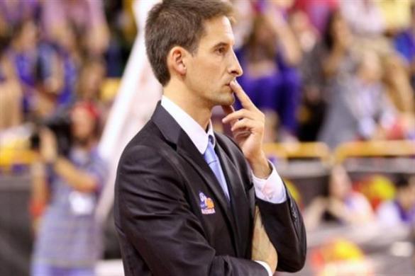 Alberto Miranda cesado como entrenador de Perfumerías Avenida
