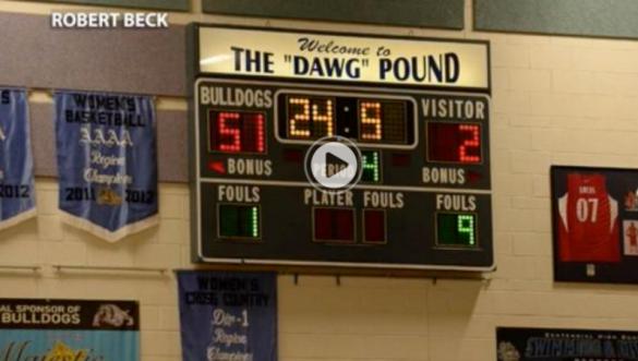 Las Bulldogs de Centennial evitando ganar por más de 49 puntos
