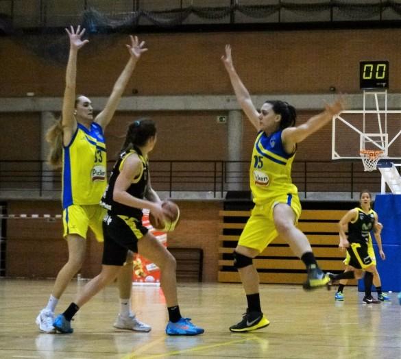 Liga Femenina 2. Picken Claret contra Estudiantes.