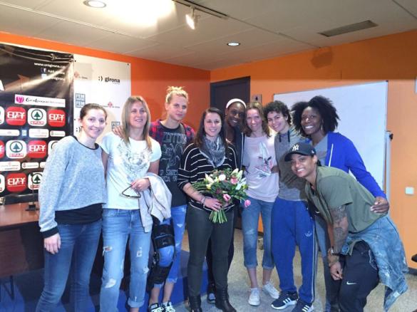 Anna Carbó recibe el apoyo y cariño en su retirada del baloncesto femenino