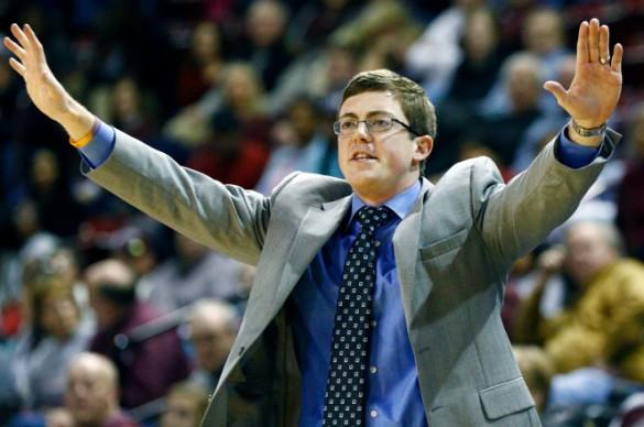 Tyler Summitt renuncia a su cargo de entrenador tras haber mantenido una relación con una de sus jugadoras