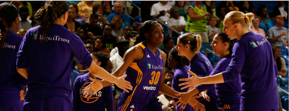 Nneka Ogwumike se convierte en la tiradora más eficiente del baloncesto profesional
