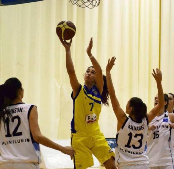Liga Femenina 2. Carla Díaz renueva por Picken Claret