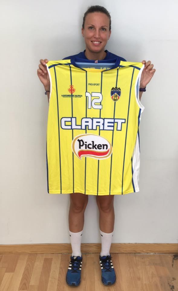 Laura Pinto vuelve a Picken Claret
