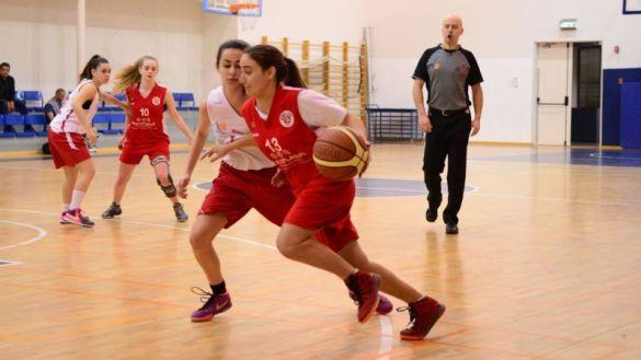 PeacePlayer International es el único equipo de toda la liga juvenil de la Federación Israelí de Baloncesto donde juegan mezclados judíos y palestinos