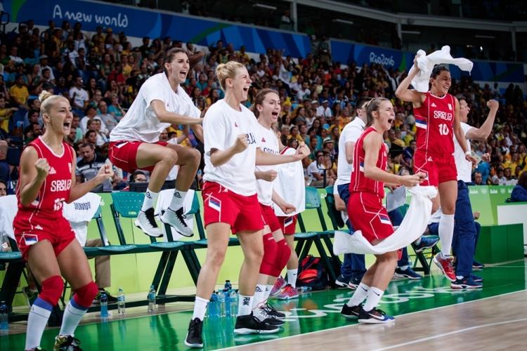 Serbia celebra el pase a semifinales tras derrotar a Australia
