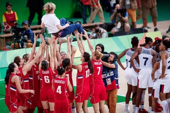 Serbia se lleva el bronce en Río al derrotar a Francia
