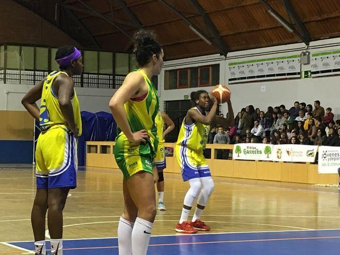 Liga Femenina. Jornada 24: CB Al-Qázeres Extremadura - Spar Gran Canaria