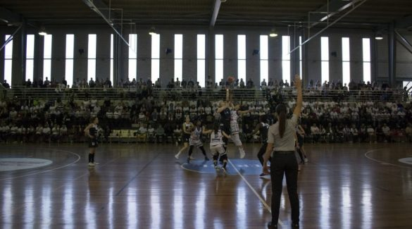 Playoffs Liga Femenina: Star Center Uni Ferrol contra IDK Gipuzkoa.