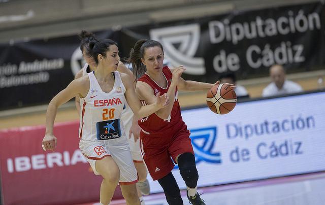 España derrota a Polonia en el primer partido de la preparación para el Eurobasket de República Checa