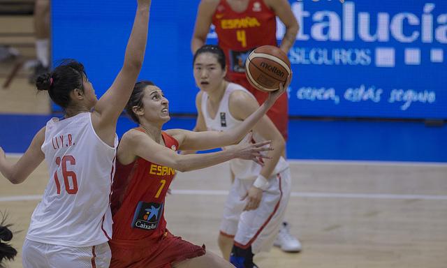 Alba Torrens lidera la victoria de España frente a China