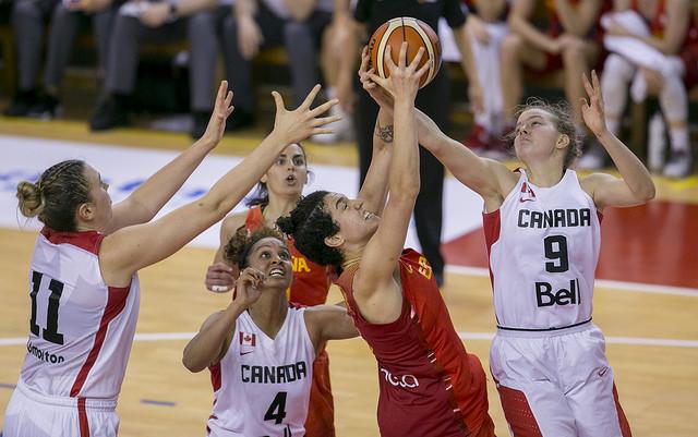 Torneo de Torrelavega: España frente a Canadá