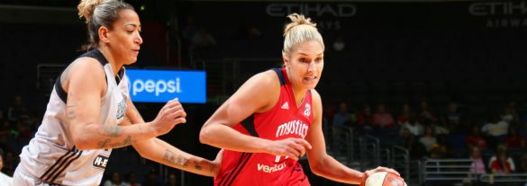 Elena Delle Donne en su debut con Washington Mystics