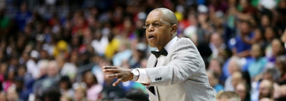 Fred Williams destituido como entrenador de Dallas Wings