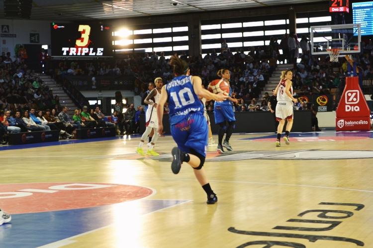 Copa de la Reina: Perfumerías Avenida derrota a Lointek Gernika Bizkaia en las semifinales