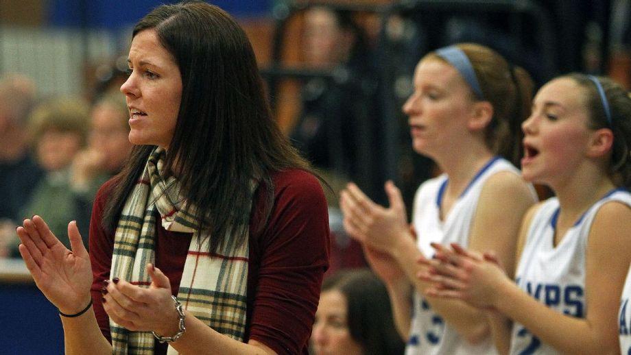 211 victorias y 32 derrotas avalan a Kristen McDonnell como entrenadora de Braintree