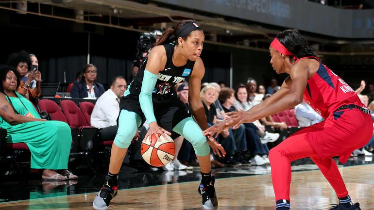 Asia Durr jugando con las New York Liberty de la WNBA