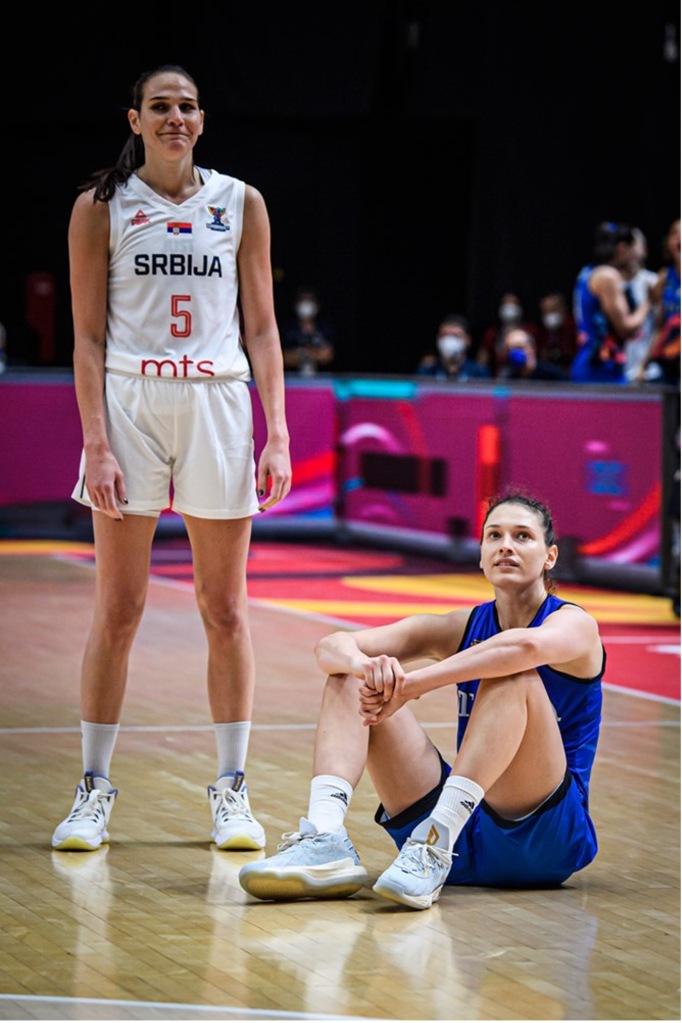 Sonja Vasic y Cecilia Zandalasini