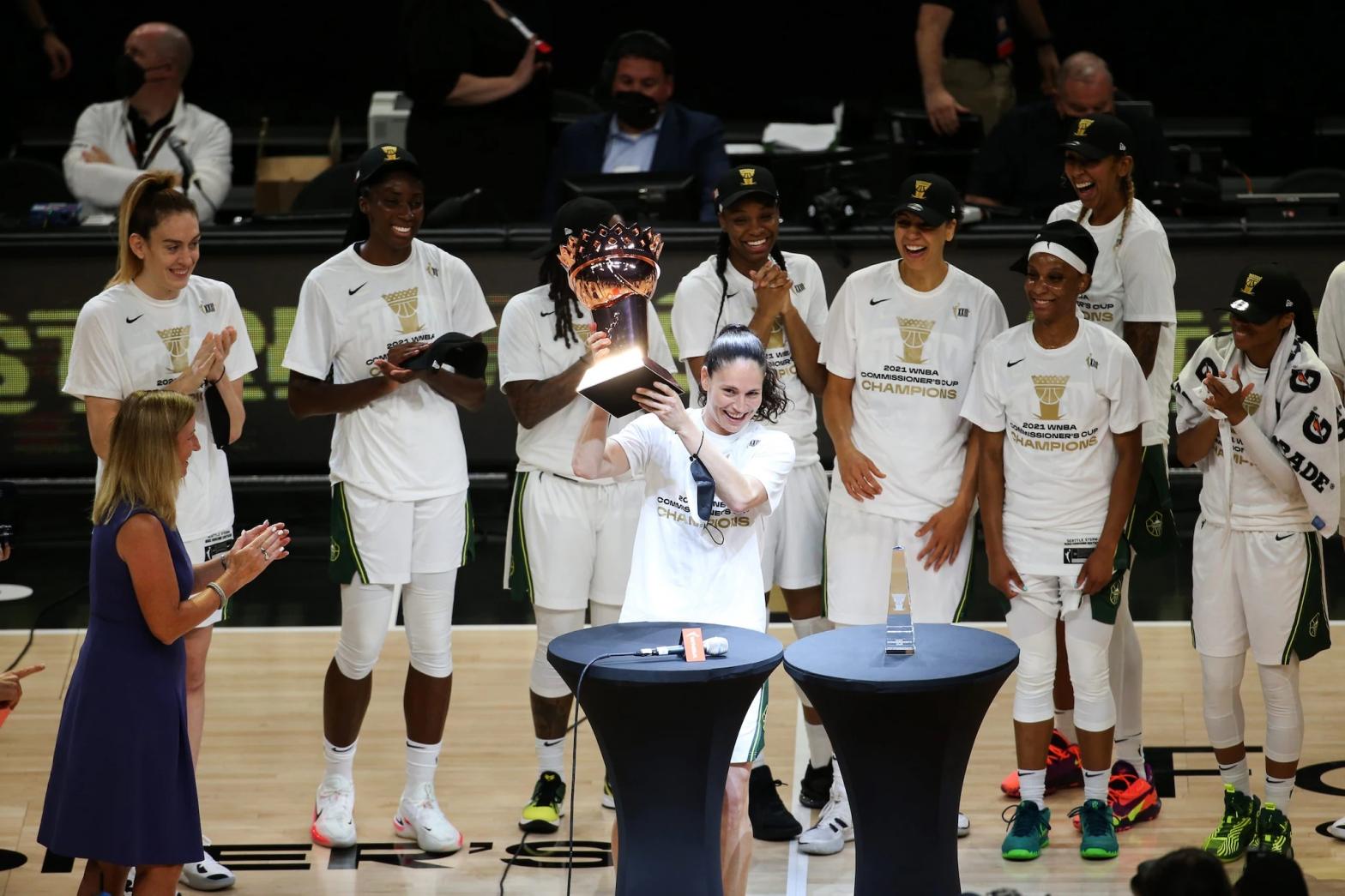 WNBA: Seattle Storm vence en la fina de la Copa del Comisionado